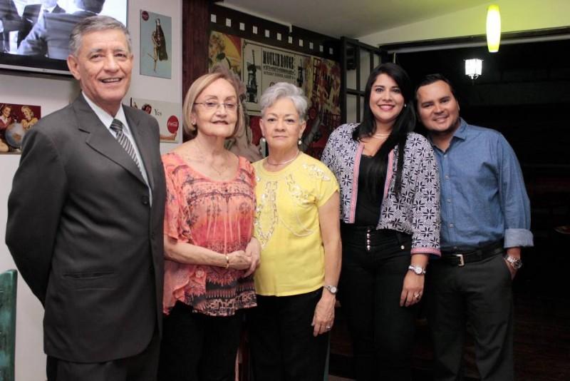 Alberto Cadena, Astrid León, Consuelo de López, Yenny Sánchez y Carlos Bautista. - Fabián Hernández / GENTE DE CABECERA