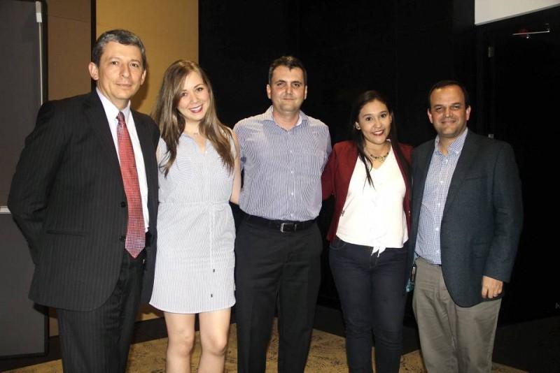 Alejandro Cheyne, Natalia Escalante, Hernando Meneses, Diana Pedraza y Camilo Herrera. - Javier Gutiérrez / GENTE DE CABECERA