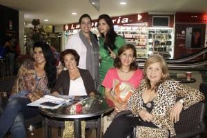 Nadima Al Nour, Libia Bohórquez, Luz Marina Pico, Doris Daniela Durán, Silvia González y Libia Buitrago
