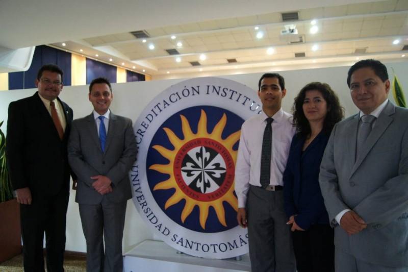 Jaime Cardozo, Iván Nacsa, Helber Jaimes Sandoval, Nancy Aragón y Alexei Estrella. - Suministrada/GENTE DE CABECERA