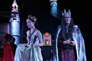 'La farsa de la cabeza del dragón' es una obra original de Ramón María del Valle, estrenada en Madrid en 1909. - Suministrada/GENTE DE CABECERA'