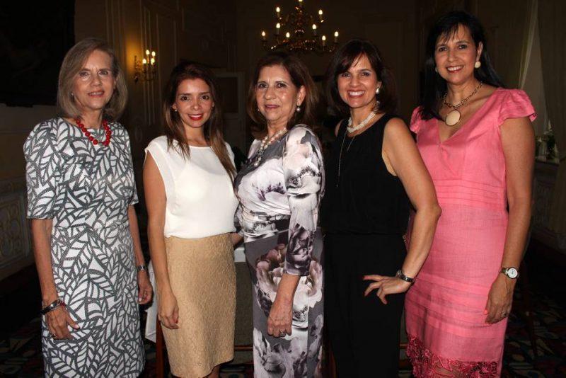 María Cecilia Silva, Silvia Pinillos, Blanca Cecilia Peralta, Olga Lucía Silva y Cristina Silva. - Francisco Vera/GENTE DE CABECERA