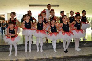 Grupo de ballet infantil del colegio San Pedro. - Suministrada / GENTE DE CABECERA