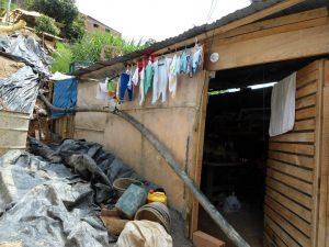 Los aportes servirán para construir una mejor vivienda para la menor y su familia. - Suministrada/GENTE DE CABECERA