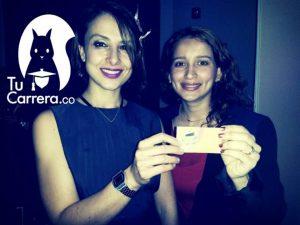 Lina Moreno (der.) es profesional en Administración de Empresas, y en Finanzas y Negocios Internacionales. Aquí, con Juanita Rodríguez, gerente de Contenidos Digitales del MinTic. - Suministrada/GENTE DE CABECERA