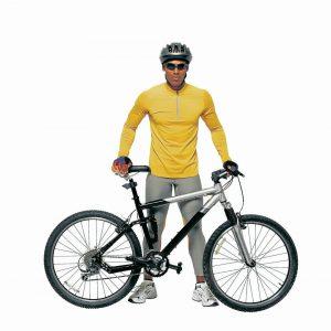 Como cualquier otro vehículo, los usuarios de la bicicleta deben respetar las señales, normas de tránsito y límites de velocidad, según establece el Código Nacional de Tránsito