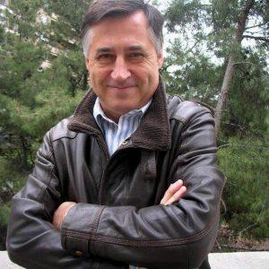 """Gervasio Sánchez es un periodista y fotógrafo español, que estará en Ulibro el lunes 22 de agosto, a las 4:00 de la tarde, en el auditorio Jesus Alberto Rey, con su conferencia """"Los Rostros de la Guerra""""."""