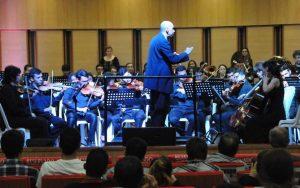 La Orquesta Sinfónica de la UNAB es dirigida por Eduardo Carrizosa Navarro. - Tomada de Internet/GENTE DE CABECERA