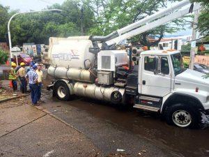 Las cuadrillas de limpieza tienen recorridos programados en Bucaramanga, Floridablanca y Girón hasta diciembre. - Suministrada/GENTE DE CABECERA