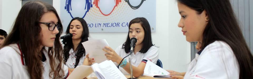 Instituciones que creen en la radio escolar