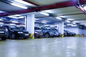 La licencia de funcionamiento de los parqueaderos contempla un número o índice determinado de ocupación, es decir, de cupos para estacionamiento de vehículos. - Banco de imágenes / GENTE DE CABECERA