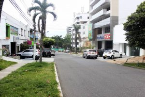 En la carrera 35 entre calles 44 y 45, se presentó hace varios días un robo a un automóvil. - Fabián Hernández/GENTE DE CABECERA