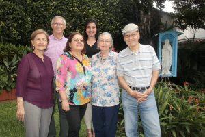 Gilma de Tarazona, Armando Acevedo, Elsa Triana, Henny de González, Alejandra Sandoval y Alejandro Acevedo