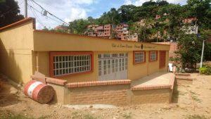 El salón multifuncional está ubicado en el Asentamiento Humano Luz de Salvación I, en el barrio Toledo Plata. - Suministrada/GENTE DE CABECERA