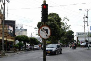 La DTB anunció la renovación de 802 señales de tránsito verticales en la ciudad