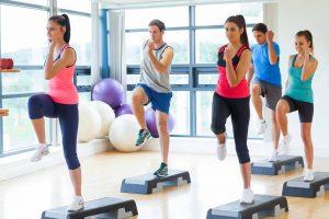 Los profesionales recomiendan hacer ejercicio y mantener un buen estado mental y emocional. Esto ayudará a mejorar su desempeño diario en su rutina. - Banco de imágenes /GENTE DE CABECERA
