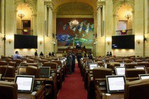 Inició la recolección de firmas en Bucaramanga para solicitar disminución del sueldo de los congresistas. - Archivo/GENTE DE CABECERA