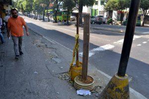Ciudadanía solicita pronta recuperación de estos espacios vitales para el bienestar de los peatones. - Jaime Del Río/GENTE DE CABECERA