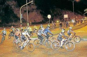 Diferentes colectivos de ciclistas de Bucaramanga y el área metropolitana se unen para conformar el recorrido más grande Colombia, los miércoles de cada mes.   - Archivo/GENTE DE CABECERA