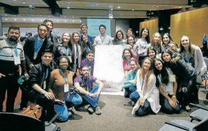El grupo de estudiantes viajó esta semana para participar en un encuentro internacional de Laureados premios Nobel de Paz.  - Suministrada/GENTE DE CABECERA