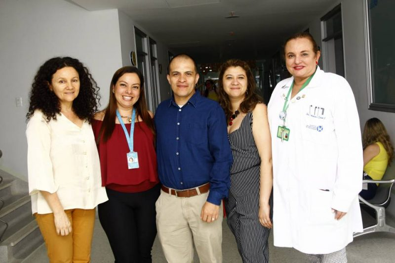 Gloria Ortiz, Claudia Galvis, Diego Estupiñán Perico, Alexanda Pérez Sotelo y Adriana Zableh Solano. - César Flórez/GENTE DE CABECERA