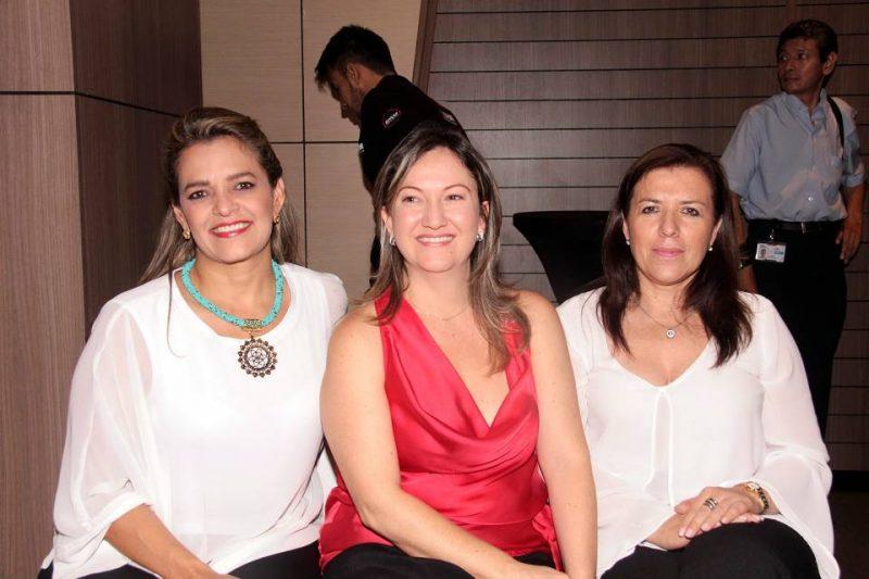 Indiria Gutiérrez, Madelein Velazco y Rosa Delia Ortiz Silva. - Elver Rodríguez/GENTE DE CABECERA
