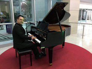 Leonardo Pilonieta, tenor y pianista. - Suministrada/GENTE DE CABECERA