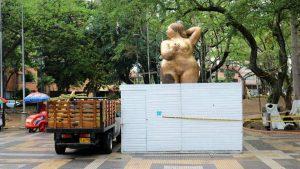 Esta obra de colección mide 3,50 m de alto por 1,5 m de ancho y pesa 1000 kg. - Fabián Hernández/GENTE DE CABECERA