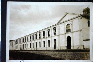 El Colegio San Pedro Claver celebra 120 años de su fundación. Como parte de la celebración hará una exposición fotográfica. - Suministrada Colegio San Pedro/GENTE DE CABECERA