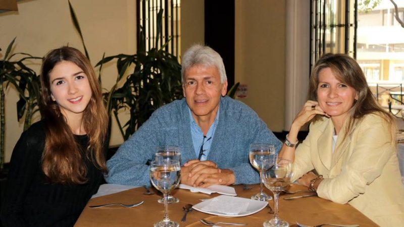 Renata Higuera Uribe, Eduardo Higuera y Adriana Uribe. - Fabián Hernández/GENTE DE CABECERA