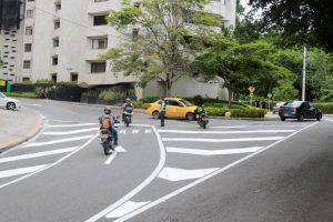 Conductores que desciendan por la cra 39 ya no podrán empalmar con la Av. 38, sino que deberán girar en este punto a la izquierda para conectar con la Avenida 42. - Fabián Hernández/GENTE DE CABECERA
