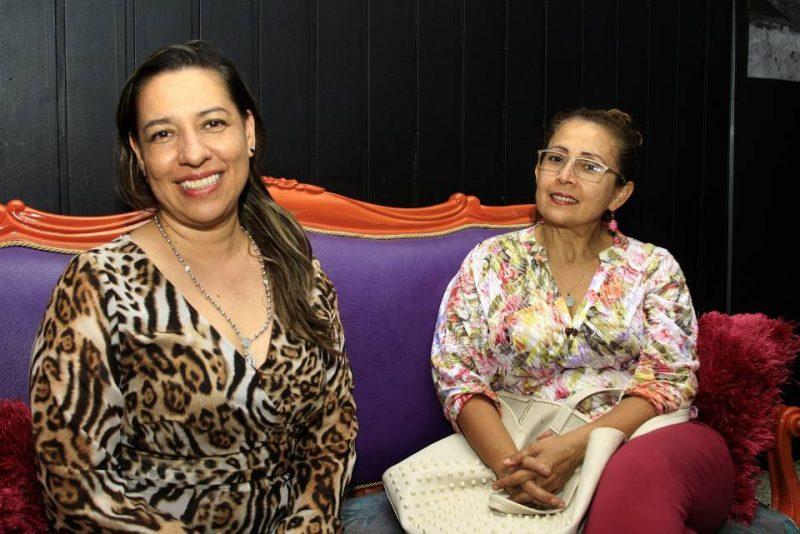 Patricia Lemus Santiesteban y Mayi Plata Vera. - César Flórez/GENTE DE CABECERA