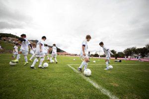 La escuela inicia el 26 de junio. Cien niños podrán entrenar con la liga inferior del Real Madrid. - Suministrada/GENTE DE CABECERA