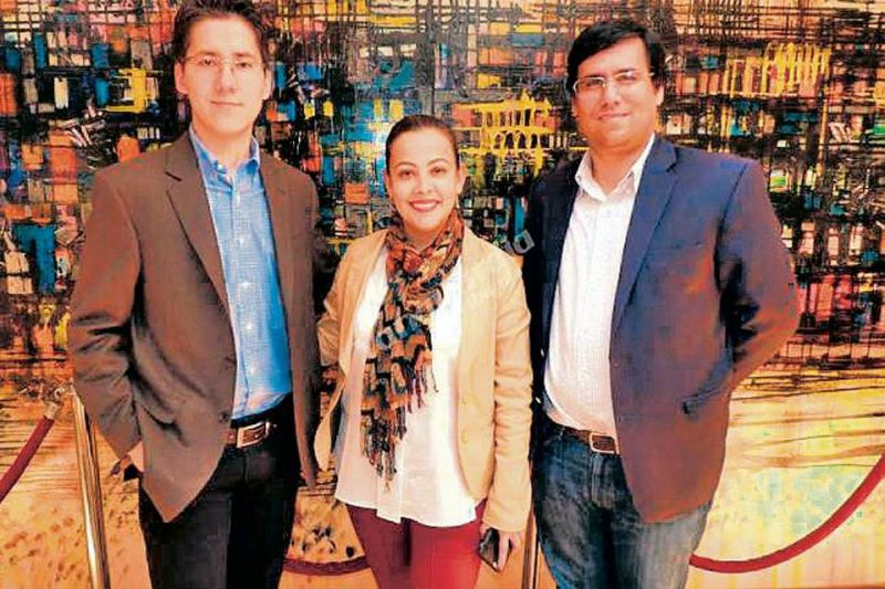 Rafael H. Forero, oficial de Enlace de ONU-Hábitat en Colombia, Gissela Paola Labrador y Alfredo Bateman. - Suministrada/GENTE DE CABECERA