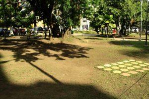 En el parque Las Palmas algunos tramos del prado japonés ya se han deteriorado, al parecer por no recibir el sol necesario. - César Flórez/GENTE DE CABECERA