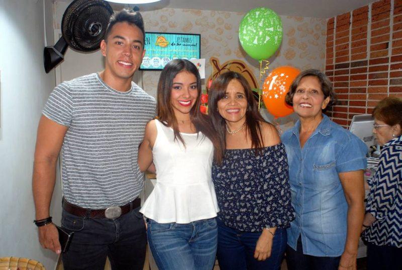 Jhonny Durán, María Fernanda Álvarez, Fabiola Idarraga y Alba Idarraga. - Heriberto Cáceres/GENTE DE CABECERA