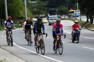 Los ciclistas alzan sus voces para que los conductores de vehículos respeten sus vidas.  - Archivo/GENTE DE CABECERA