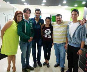Estudiantes y docente ganadores del Primer Hackathon realizado en Bucaramanga. - Suministrada / GENTE DE CABECERA