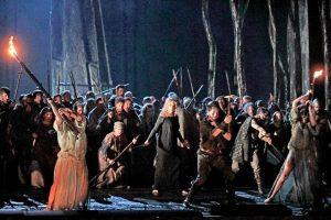 Norma, exitoso montaje de la MetOpera Live 2017-2018. - Suministrada / GENTE DE CABECERA