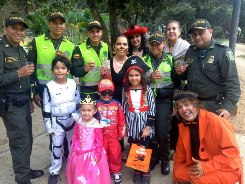 En el Parque Los Leones se celebró Halloween con una actividad organizada por la JAC, la Policía Nacional y la Alcaldía. - Suministrada / GENTE DE CABECERA