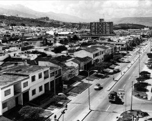 Así lucía Cabecera del Llano y la carrera 33 en 1973. - Archivo / GENTE dE CABECERA