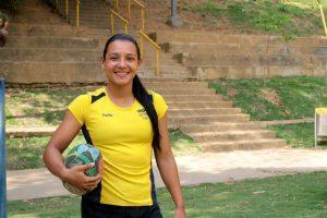 La geóloga Andrea Fernández es la capitana de la selección Santander de rugby femenino y presidenta de la Liga santandereana de rugby. - Fabián Hernández / GENTE DE CABECERA