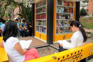 Participe de la actividad de lectura en voz alta todos los viernes en el parque San Pío. - Archivo/GENTE DE CABECERA