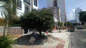 Arrojar escombros en la vía pública es un delito ambiental y será multado con una cifra cercana a los $800 mil. - Archivo/GENTE DE CABECERA