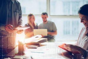 Mediante esta iniciativa se busca a apoyar y brindar acompañamiento a los empresarios digitales - Banco de imágenes /GENTE DE CABECERA