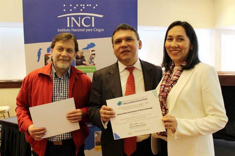 Gustavo Pulido, subdirector del INCI; Carlos Parra Dussan, director del INCI, y Luz Adriana Villafrade, de la Unab. - Suministrada/GENTE DE CABECERA