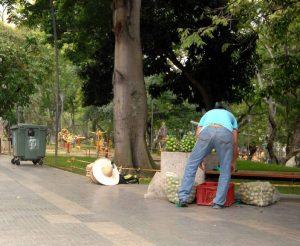 """Las autoridades descartaron que se trate de personas que participan del """"Mercadillo Campesino"""", organizado por la Alcaldía de Bucaramanga los domingos en este parque de la ciudad. - Jaime del Río / GENTE DE CABECERA"""