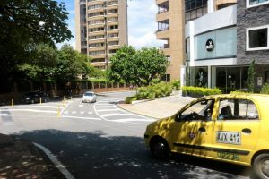 Entre los puntos que la comunidad pide regresen a su estado normal se encuentra el cruce de la avenida 42 con carrera 39 y un sector de la avenida El Jardín. - Fabián Hernández/GENTE DE CABECERA