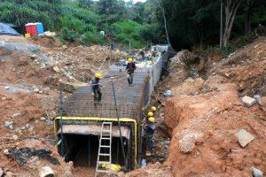 La infraestructura tiene aproximadamente 150 metros de longitud, 2 metros y medio de alto y 3 metros de ancho. - Fabián Hernández/GENTE DE CABECERA