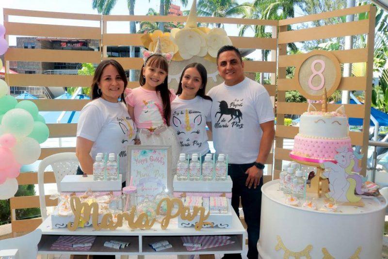 Claudia Acevedo, María Paz Rojas Acevedo, Manuela Rojas Acevedo y Alexander Rojas. - Fabián Hernández/GENTE DE CABECERA